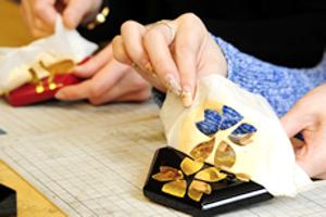 金沢の金箔を貼ってオリジナル工芸品作りを体験するなら【金箔屋さくだ】