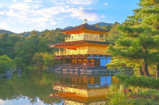 金閣寺に使用されている金の量や厚さとは?